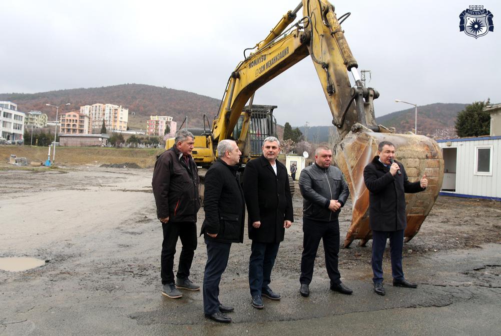 Стартира изграждането на футболно игрище в Свети Влас